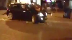 Maniac Brought His Car to a Street Fight